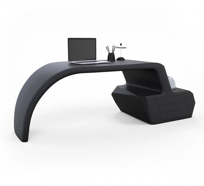 Gush Desk in Adamantx® by Alessandro Gorla Designer